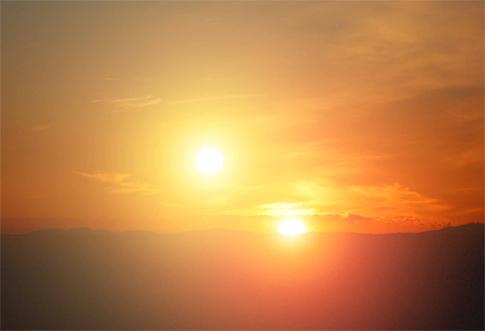Fenomena Matahari Kembar